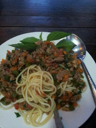 Sovannkiri: meat spaghetti