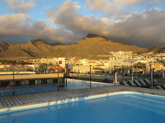 GF Fanabe: View of mountains from roof