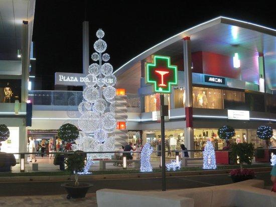 GF Fanabe: Upmarket Shopping Centre