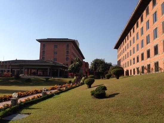 Crowne Plaza Kathmandu-Soaltee: front of hotel