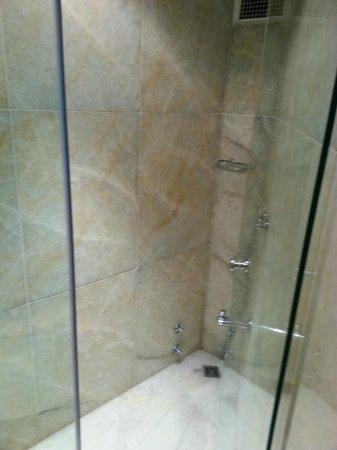Hotel Valide Sultan Konagi: salle de bains