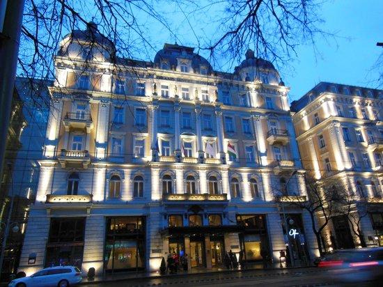 Corinthia Hotel Budapest: corinthia-Budapest