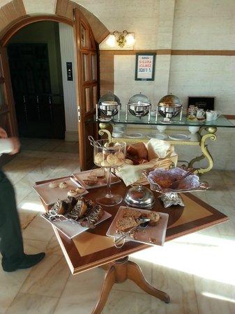 Hotel Valide Sultan Konagi: petit déjeuner