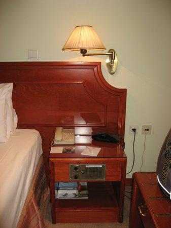 Holiday Inn Thessaloniki: Номер3