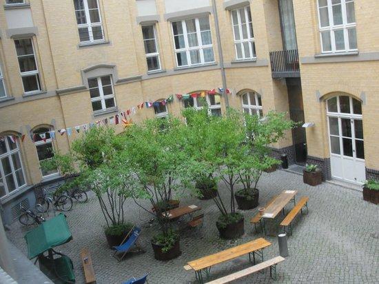 Citystay Mitte: Jardim interno
