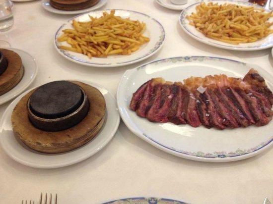 El Brasero de Don Pedro: churrasco de ternera gallega de betanzos a la piedra