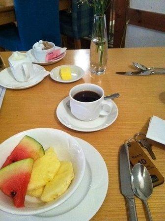 Best Western Plus Milford Hotel: Breakfast