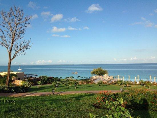 Hideaway of Nungwi Resort & Spa: villaggio e mare