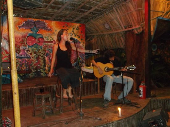 Kin Balam Cabanas: Entertainment at Don Muchos