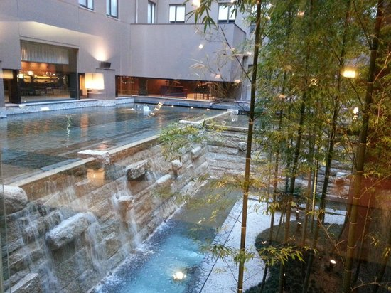 Kyoto Tokyu Hotel Вид из фойе и ресторана
