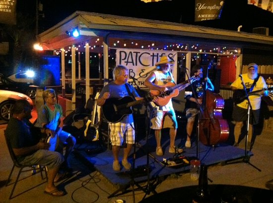Patches Pub & Grill: Great music