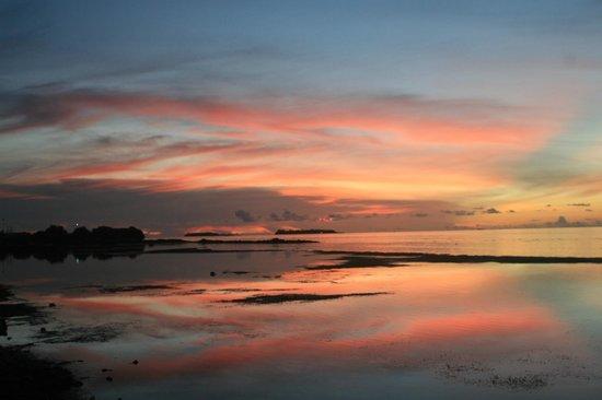 Arora Inn: solnedgang, utsikt fra gjestehus