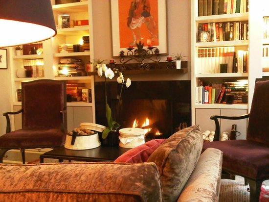 Villa Madame: good to warm yourself by the fireplace