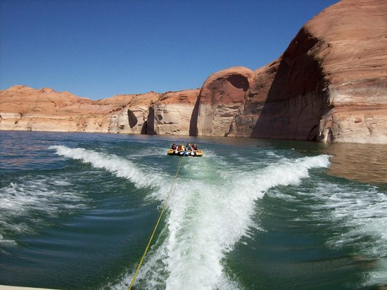 fun at lake powell - picture of arrowhead country inn & cabins