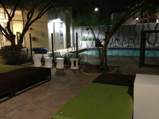 Aloft Tempe: Back patio and pool.