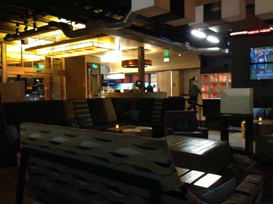 Aloft Tempe: Lobby