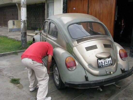 Casa de Clara: fixing tour bus