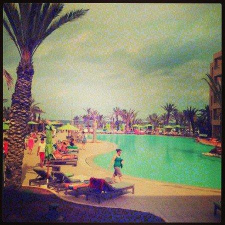SENTIDO Rosa Beach : Sept 13 poolside