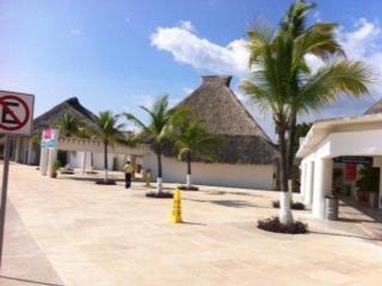 Villas Fa-Sol : Airport