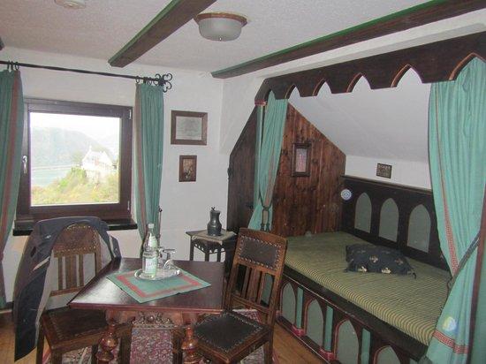 Hotel Burg Liebenstein: castle suite