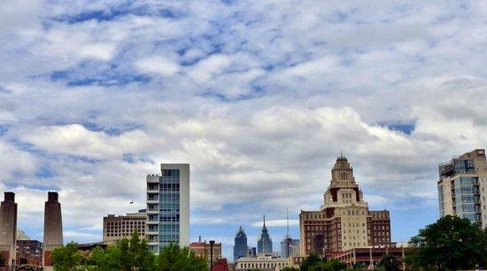 Penn's Landing: buildings