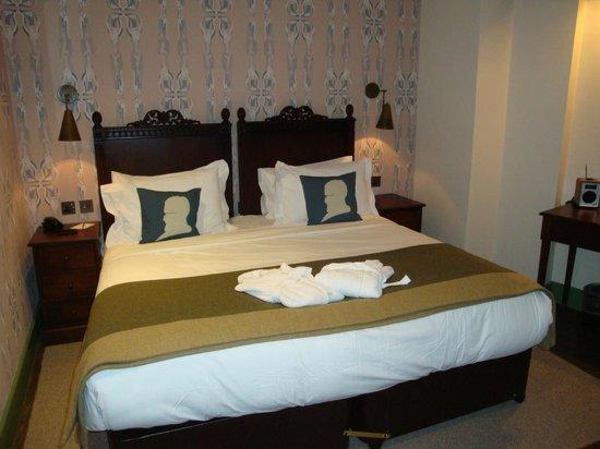 Morton Hotel: Bloomsbury Bedroom