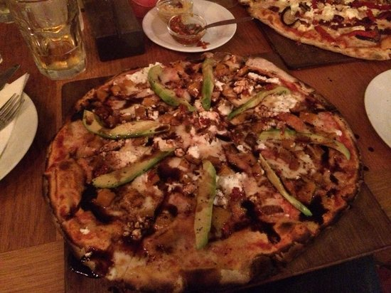The Stall Cafe: Not joking - this was the worlds best pizza ever had and I've had a few...