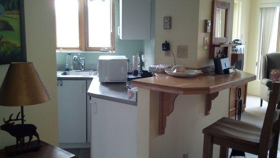 Village des Soleils : Deluxe 3 bedroom kitchen