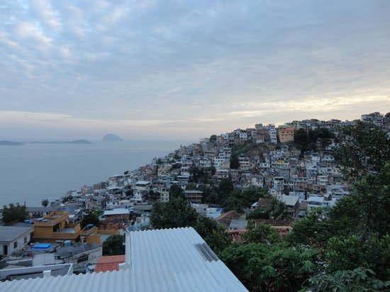 Vidigalhouse Hostel: View on the Vidigal from the Terrace