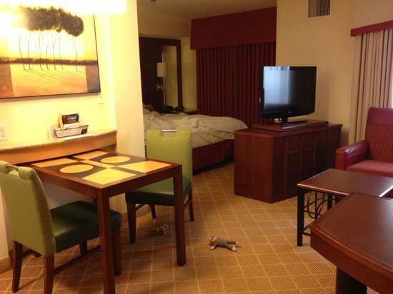 Residence Inn Chapel Hill: Layout