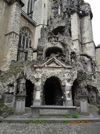 Saint Paul's Church : outside