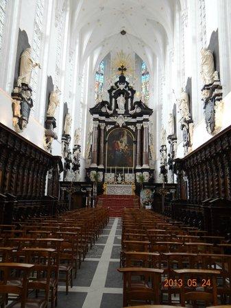 Saint Paul's Church : inside