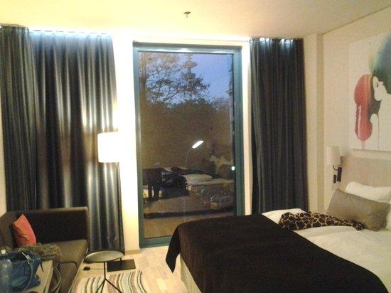 Scandic Hamburg Emporio: Zimmer