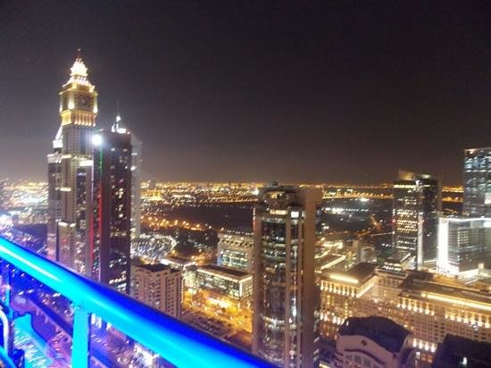 Four Points by Sheraton Sheikh Zayed Road, Dubai : View from the rooftop bar