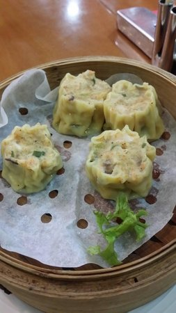 The Noodle House: Chicken siew mai - very poor..