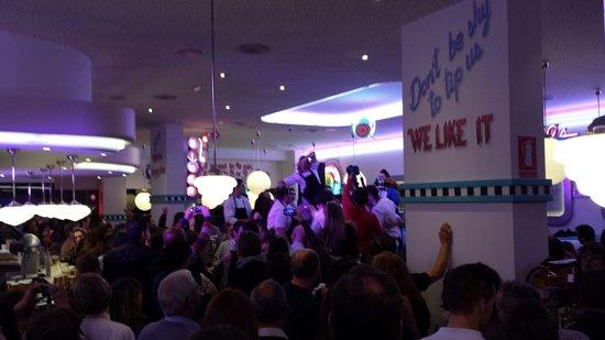 Tommy Mel´s Alcalá de Henares : Día de inauguración