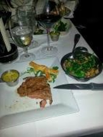 Kinzie Chophouse : Bone-in Filet with sauteed spinach and mushrooms.