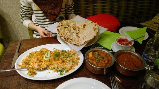 Charcoals cafe : Chicken Biryani and Jaipuri Chicken