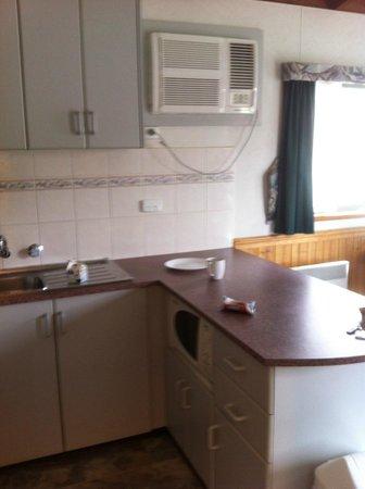 Gateway Lifestyle Ballarat: kitchen