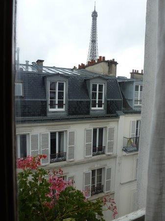 Hotel de Londres Eiffel: View from our window...priceless!