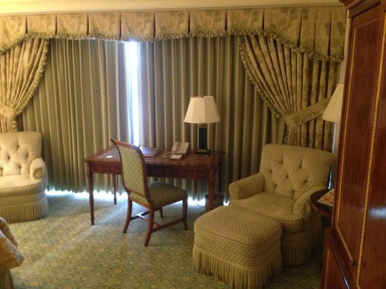 The Westgate Hotel: nice room
