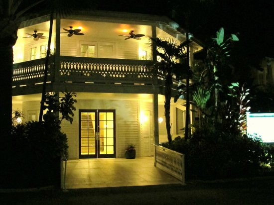 Pier House Resort & Spa: Caribbean Building