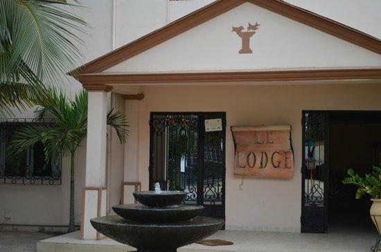 Le Lodge des Almadies : Façade de l'hôtel