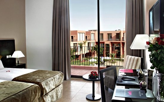 Hotel Rawabi Marrakech & Spa : Vue chambre