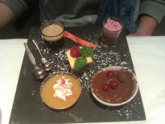 Le Spagho: café gourmand (compote, crème de marron avec mousse framboise, tiramisu et mousse chocolat)