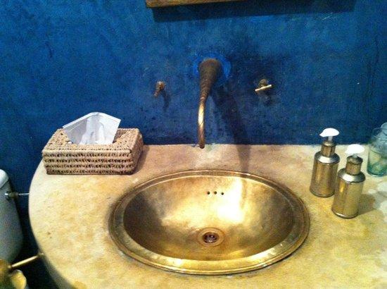 Riad Aladdin: bonito lavabo
