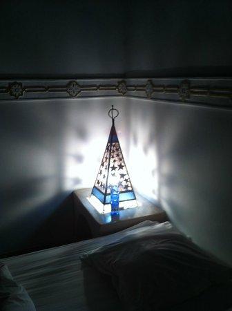 Riad Aladdin: bonita lámpara