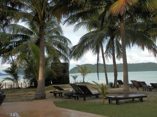 Sunset Beach Resort: Vue de la plage