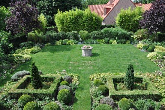 La Villa Carat : Le jardin