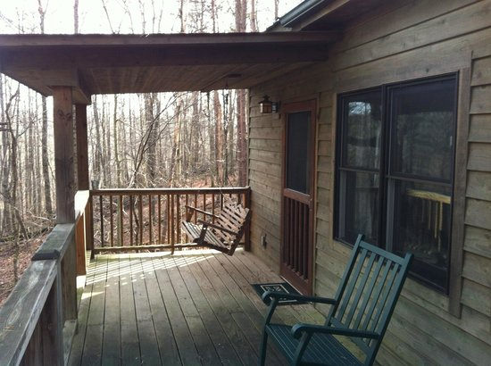 The Inn & Spa at Cedar Falls: Back porch at Hepatica Cottage